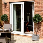 Sliding patio doors in white uPVC