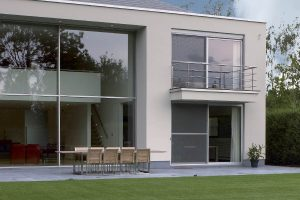 Sliding patio doors in aluminium